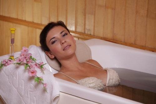 принятие ванны дома