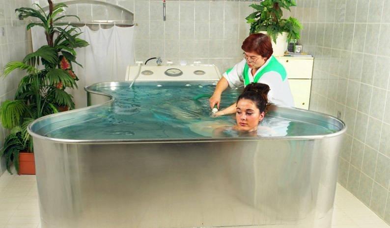 принятие хвойных ванн в санатории