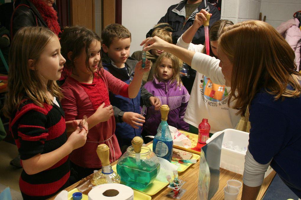 изготовление лизуна детьми