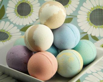разночветные бомбочки для ванны