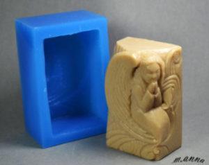 мыло сделанное из формочки