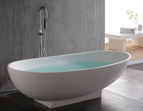 ванна в строгих танах