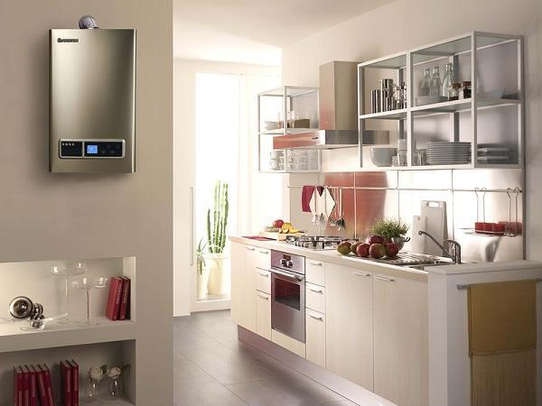 газовый водонагреватель на кухне на кухне