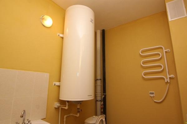 овальный газовый водонагреватель