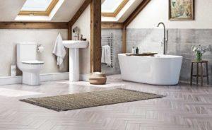 просторная ванная с скрытым расположением труб