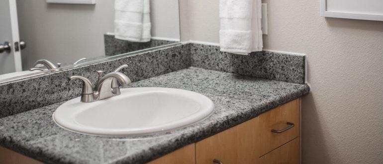 раковина врезная в столешницу в ванной