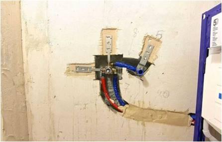 Скрытый монтаж на стене для установки гигиенического душа