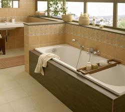 Установка стальной ванны с каркасом