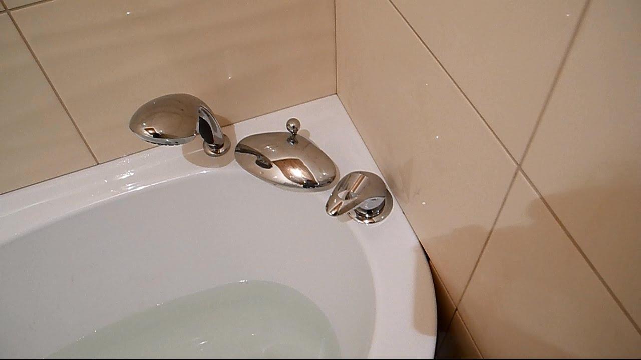 Смеситель на акриловой ванне